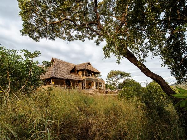 Luxury safari in Tanzania, Selous and Zanzibar