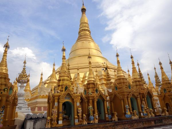 Burma cultural tour, Yangon and Mandalay
