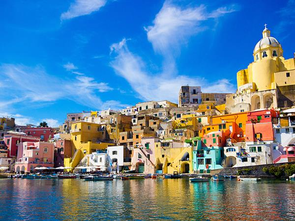 Italy island hopping holiday in the Bay of Naples