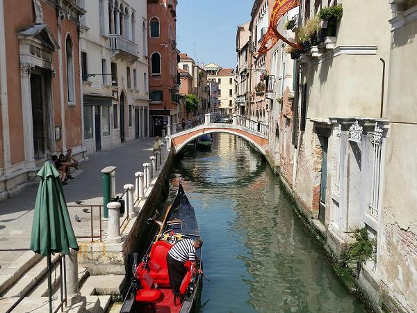 Prosecco Area to Venice tour, Italy