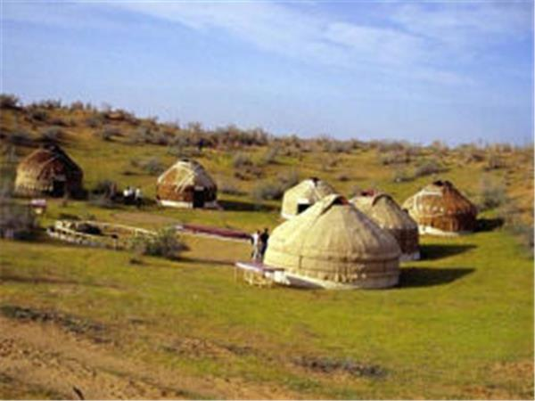 Uzbekistan cultural holiday, people of the Silk Road