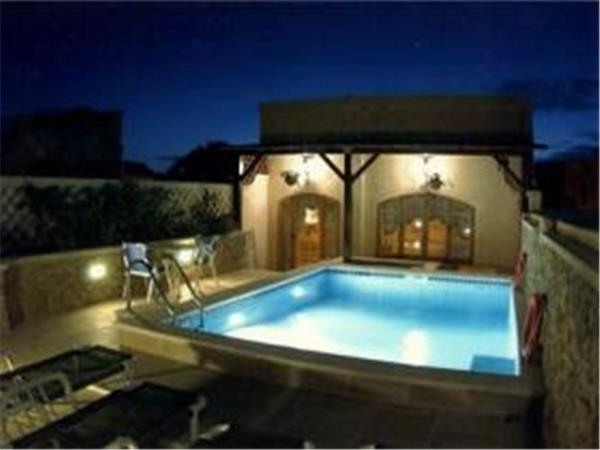 St. Laurence village self catering farmhouse, Gozo