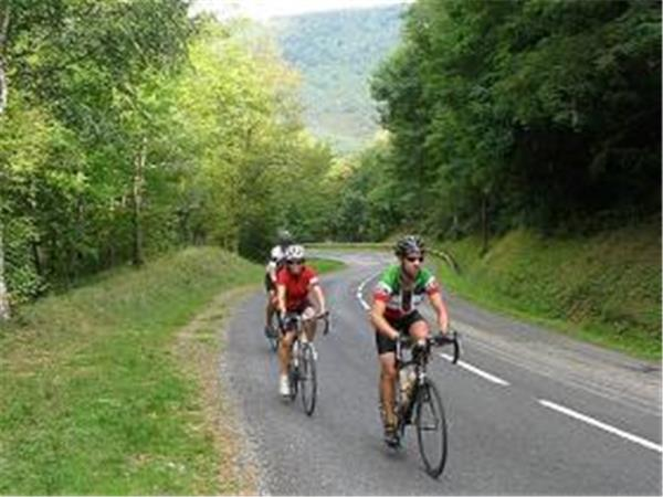 Catalonia cycling & wine tour, Spain