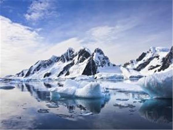 Antarctic Peninsula cruise and flight back