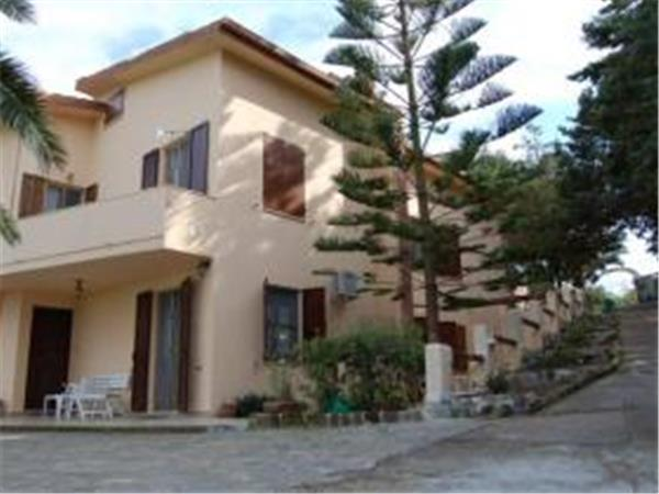 Sardinia family holiday accommodation, Italy
