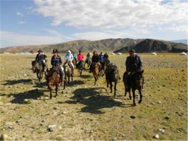 Mongolia horse riding holiday, Altai Taster