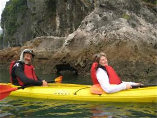 Kayaking & trekking holiday in Vietnam