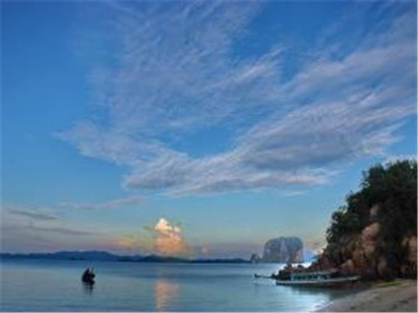 Sea kayaking holidays in Thailand