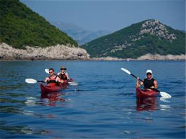 Self guided sea kayaking in Croatia