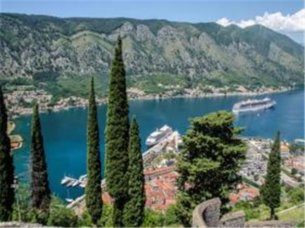 Montenegro holiday, nature & culture