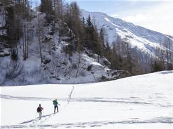 Austria activity holiday, hiking, snowshoeing & yoga