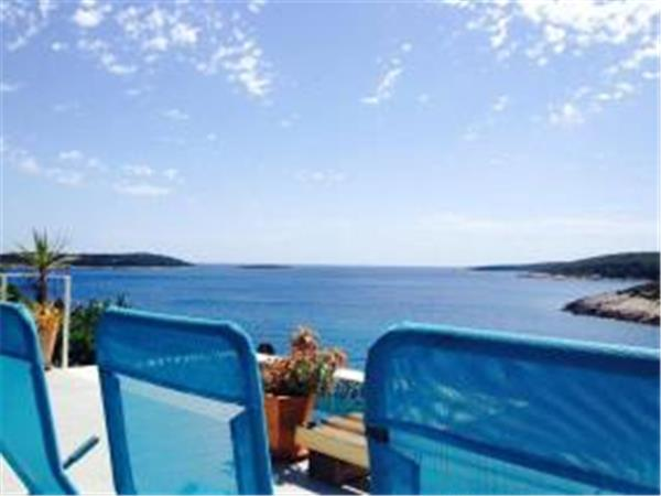 Vis Island luxury beach villa with pool, Croatia