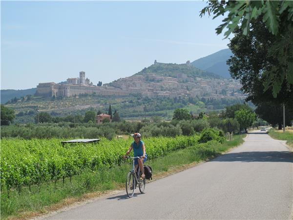 Umbria self guided cycling holiday in Italy