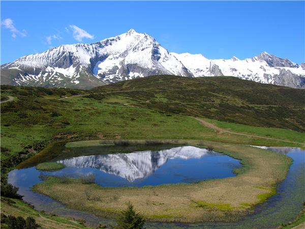 French Pyrenees walking holiday, self guided
