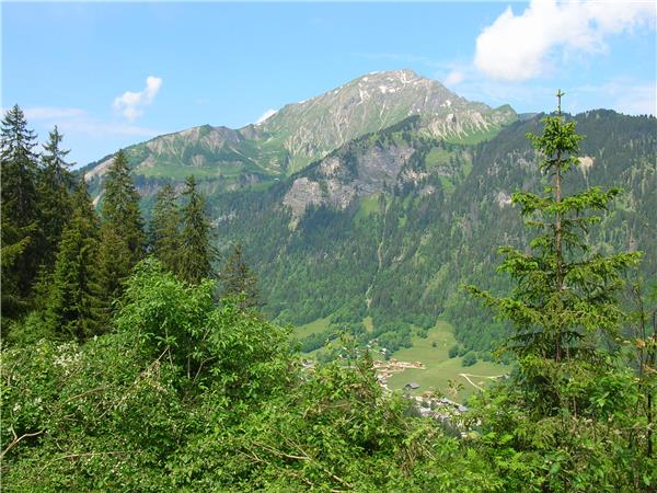 French Alps walking holiday, self guided