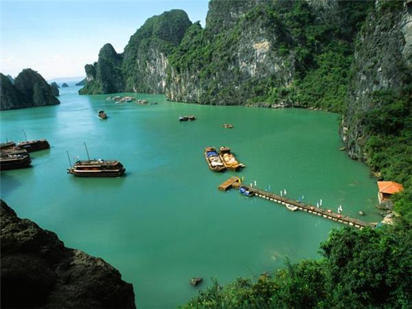 Vietnam small group tours