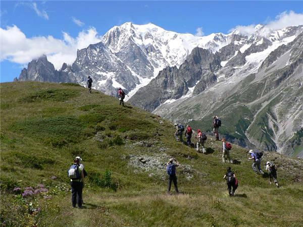 Mont Blanc holiday, Tour du Mont Blanc