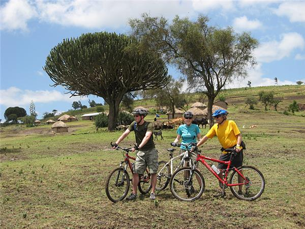 Tanzania cycling holiday and safari
