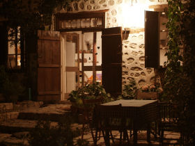 Self catering accommodation in Cyprus, Treis Elies, Troodos Mountains