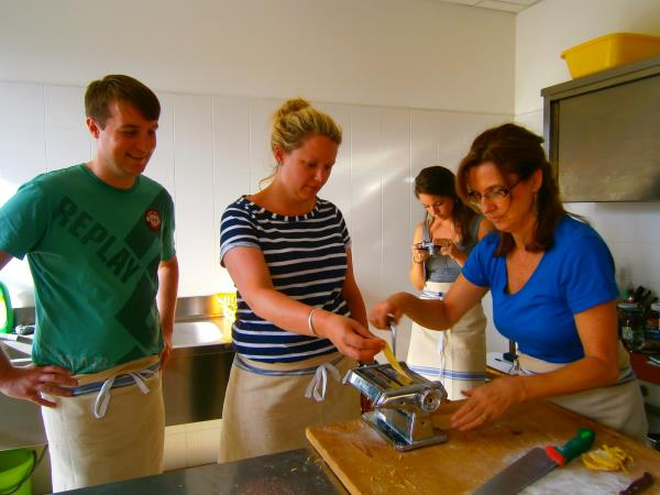 Yoga and vegetarian cooking lessons in Umbria, Italy