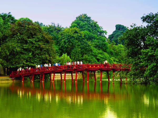 Best of Vietnam holiday, tailor made