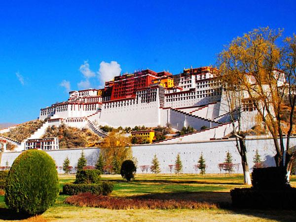 Lhasa to Everest Base Camp tour, small group