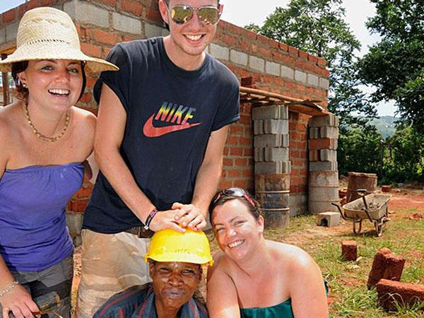 South Africa house building volunteering