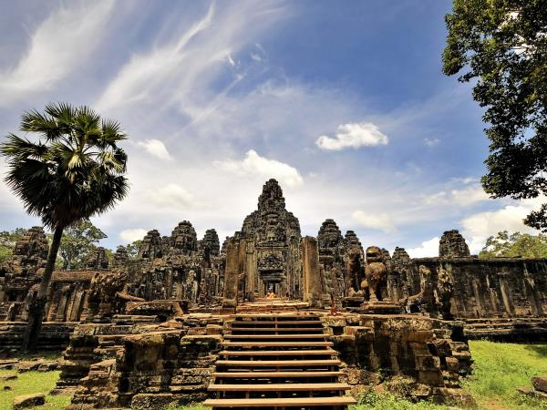 Family tour to Cambodia and Thailand