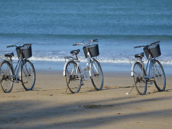 Myanmar cycling tour, private departure