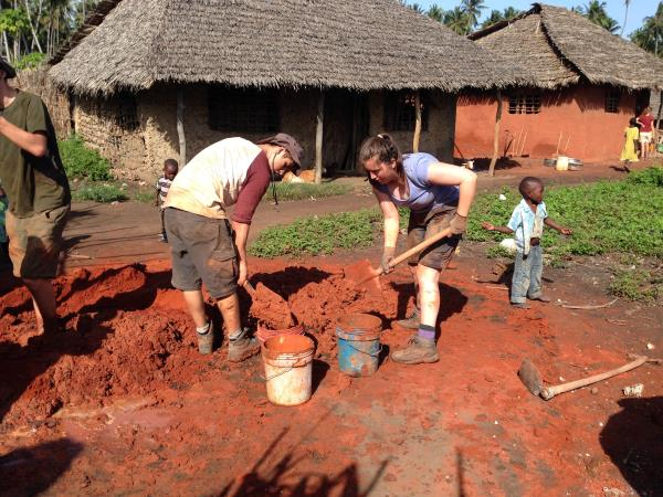 Tanzania community volunteering holiday
