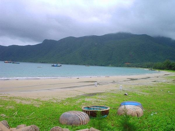 Vietnam culture and beach holiday