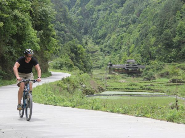 Southern China cycling holiday