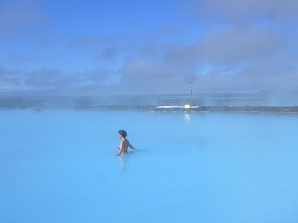 Iceland wellbeing holiday, Watsu and TakeTina practice