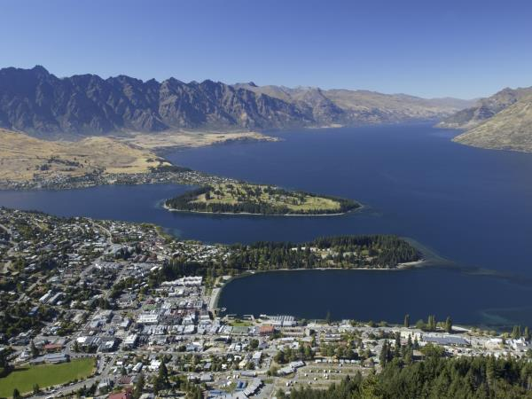 New Zealand holiday with Fiji stopover