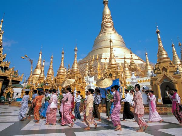 Rangoon to Inle Lake tour of Burma