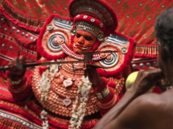 Kerala walking, culture & wildlife holiday, India