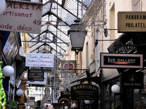 Paris city break, guided cultural tour
