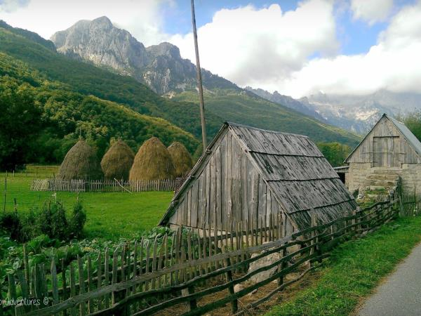 Montenegro holiday, mountains, rivers & canyons of the north
