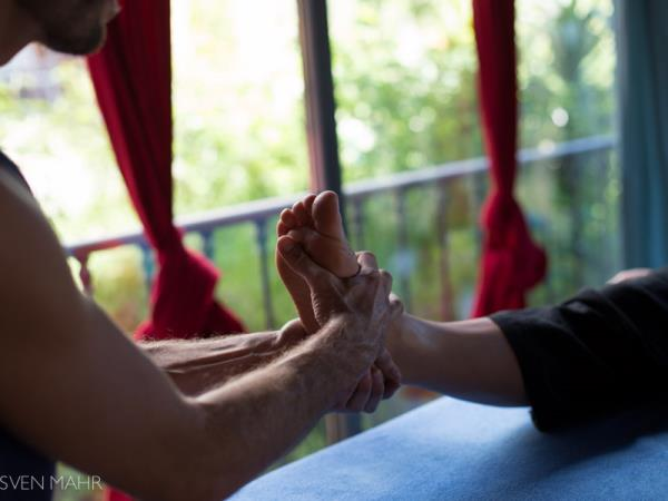 Yoya and Thai massage retreat in Portugal