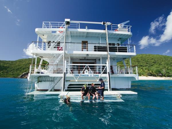 Great Barrier Reef 4 day cruise in Australia
