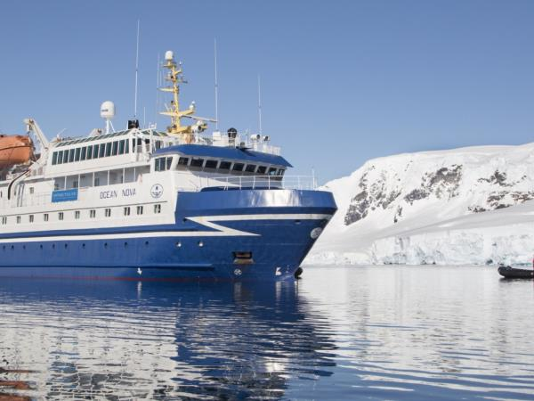 Antarctic Expedition Cruise Fly The Drake Passage Helping Dreamers Do