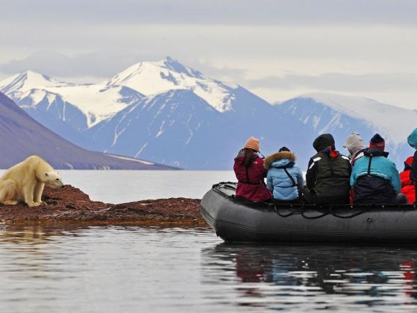 Svalbard luxury cruise in the Arctic