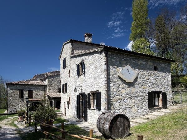 Umbria farmhouse accommodation in Italy