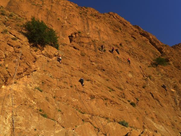 Morocco rock climbing holiday in Todra gorge