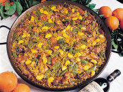Paella Valenciana, Valencia. Photo by Valencia Tourist Board