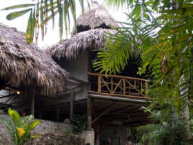 Lake Peten ecolodge accommodation in Guatemala