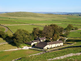 Family self catering cottages in Peak District