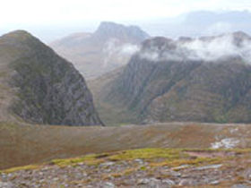 Walking navigation & mountaineering courses in Scotland